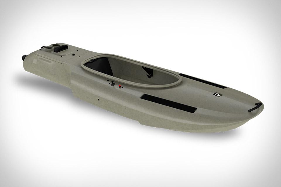 Mokai Es-Kape Motorized Kayak