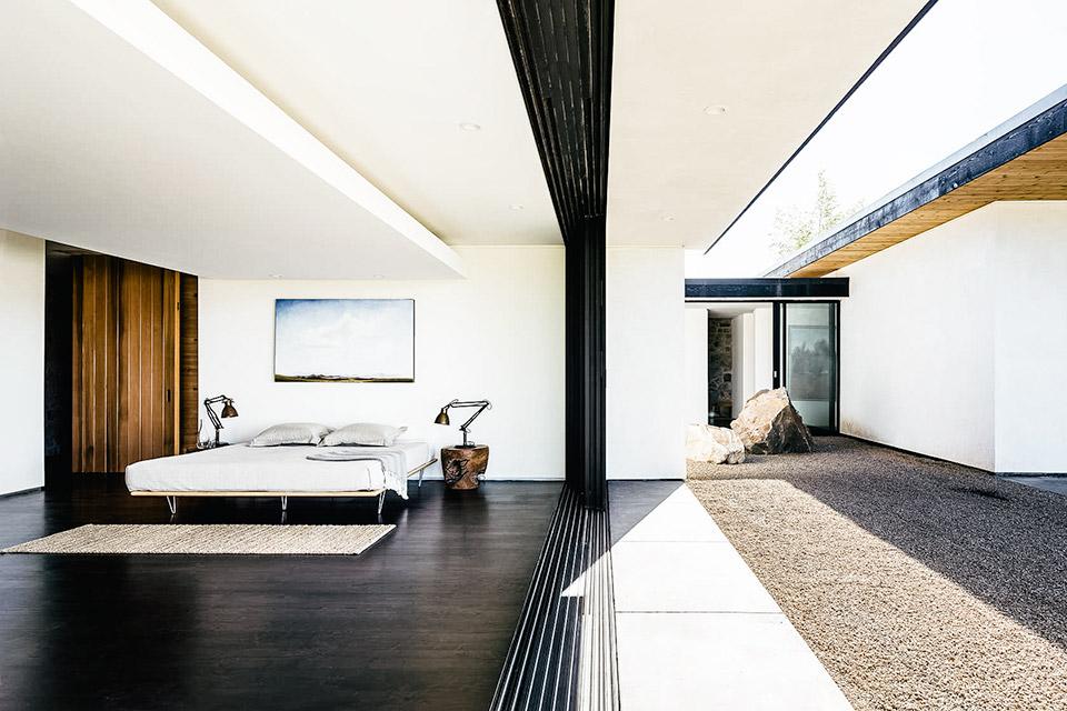 Valley Floor House