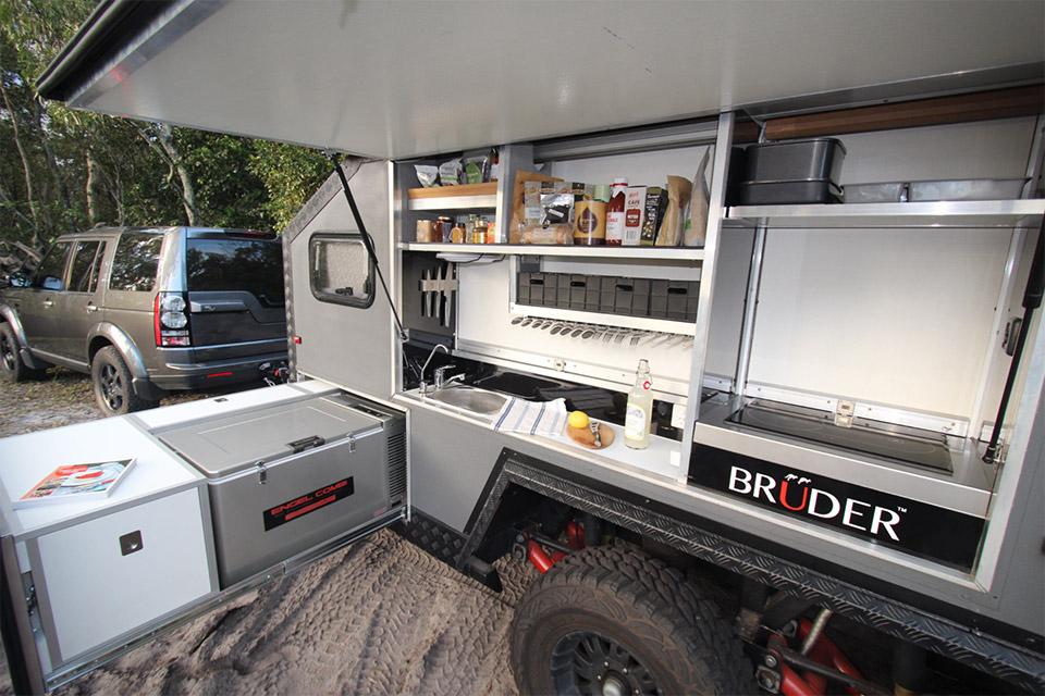 utility room design ideas photos - Bruder EXP 6 f Road Trailer