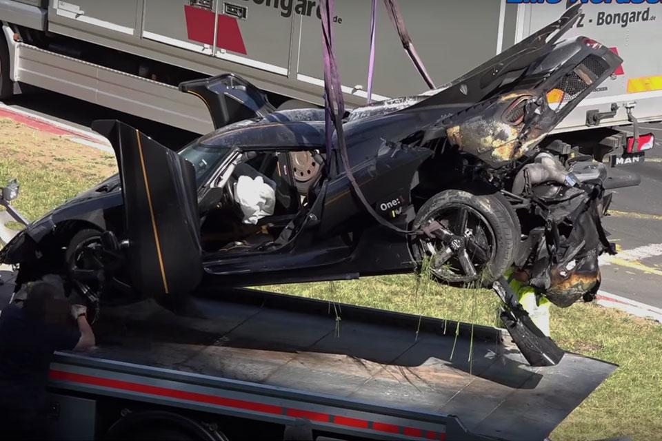 Koenigsegg Agera One:1 Crash   Uncrate