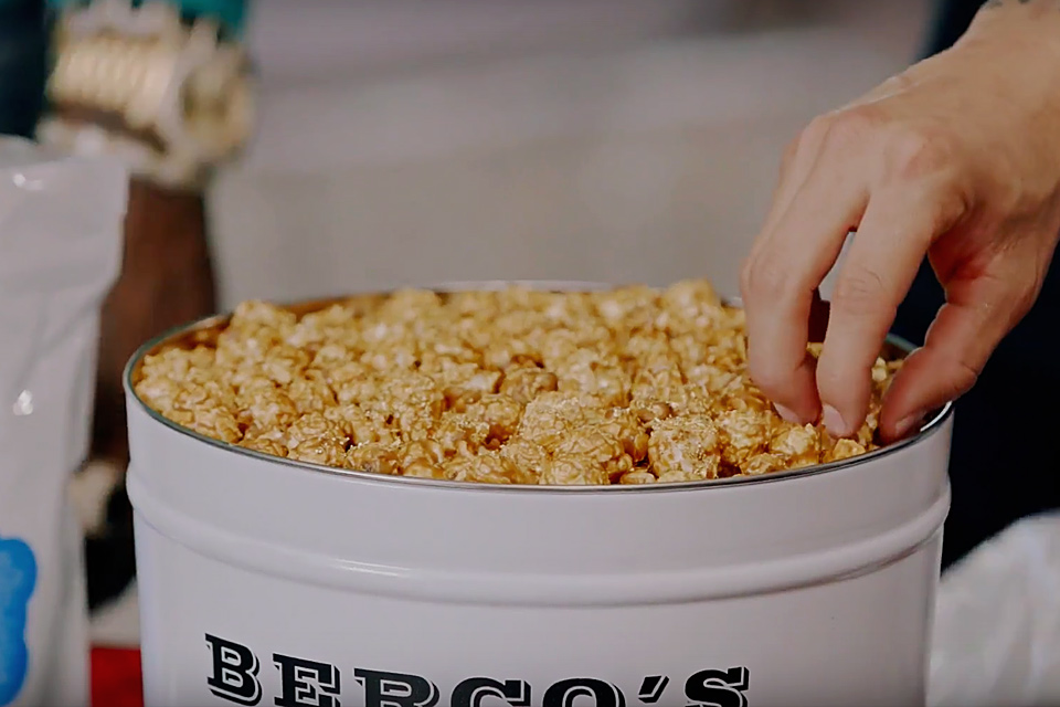 This billion dollar gold-coated popcorn is perfect for your expensive  movie! - Y101fm