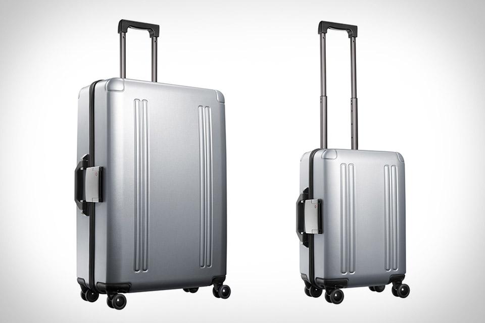 Zero Halliburton ZRO Luggage