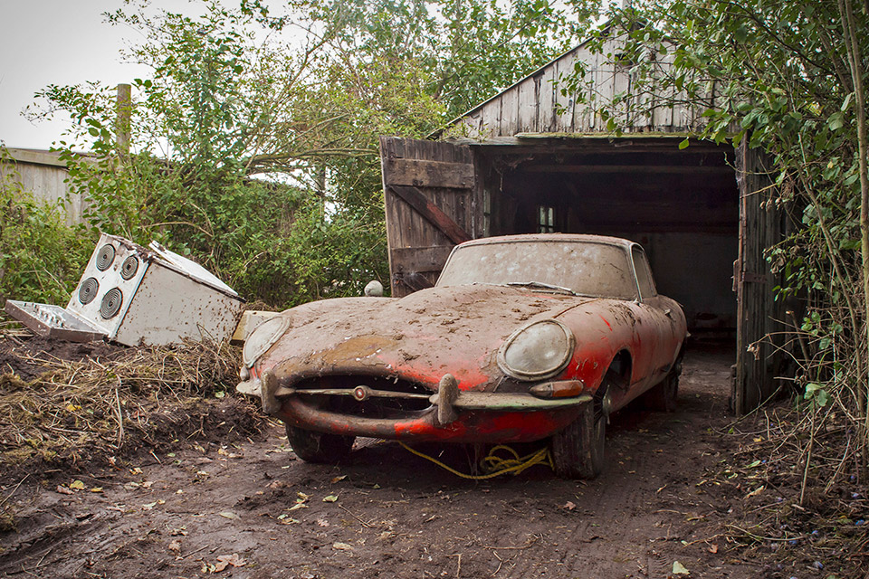 Abandoned Cars In Barns Uk