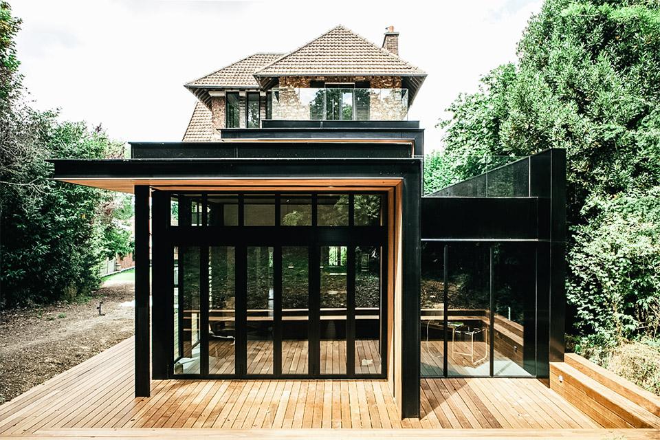 Seine House