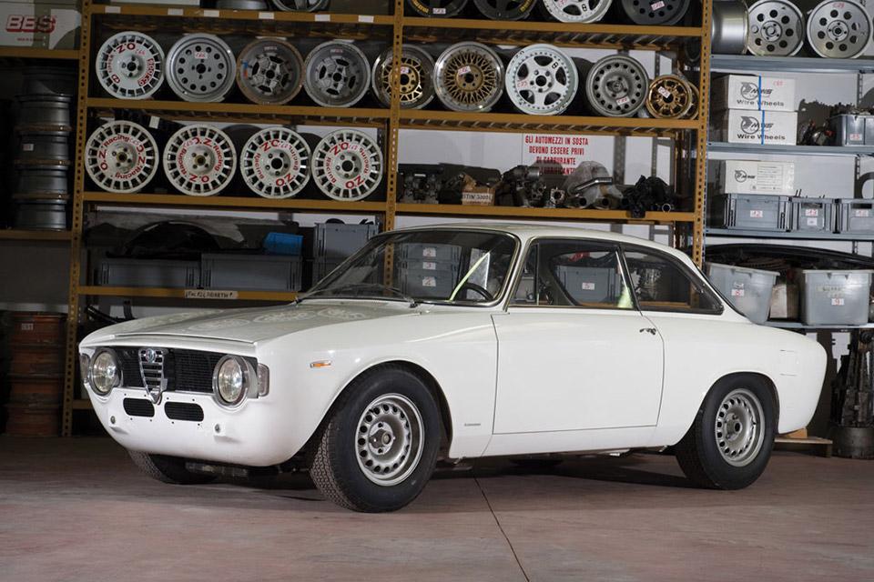 1965 Alfa Romeo Giulia Sprint Gta Uncrate