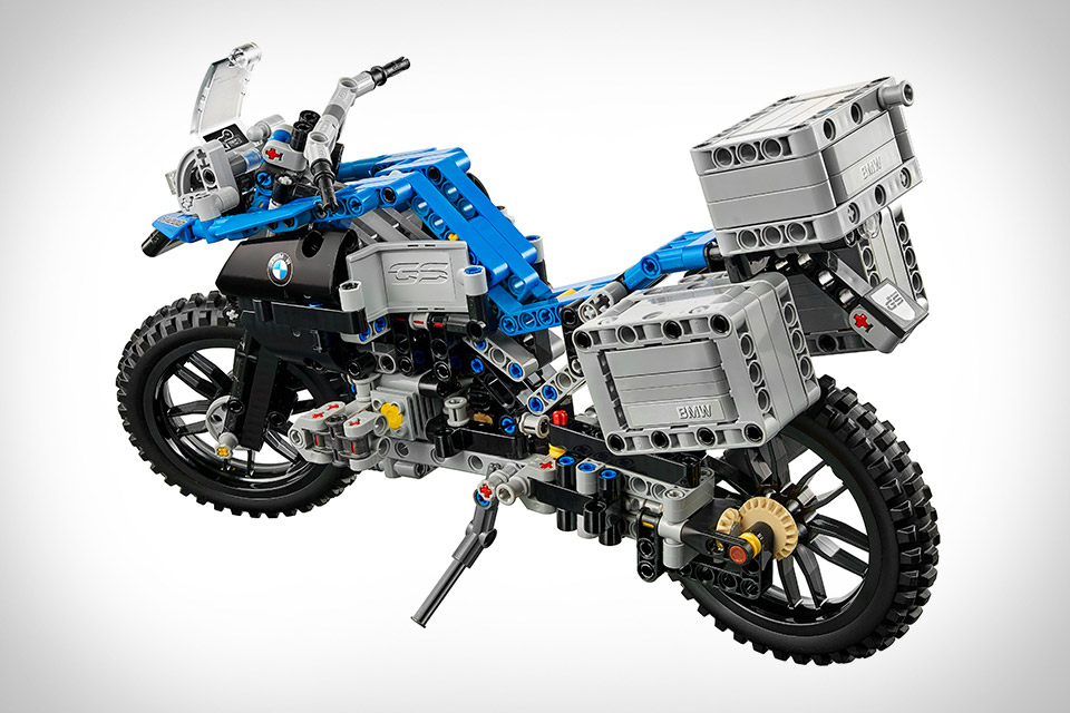lego technic bmw r 1200 gs adventure motorcycle uncrate. Black Bedroom Furniture Sets. Home Design Ideas