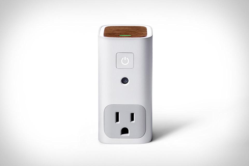 Awair Glow Smart Outlet
