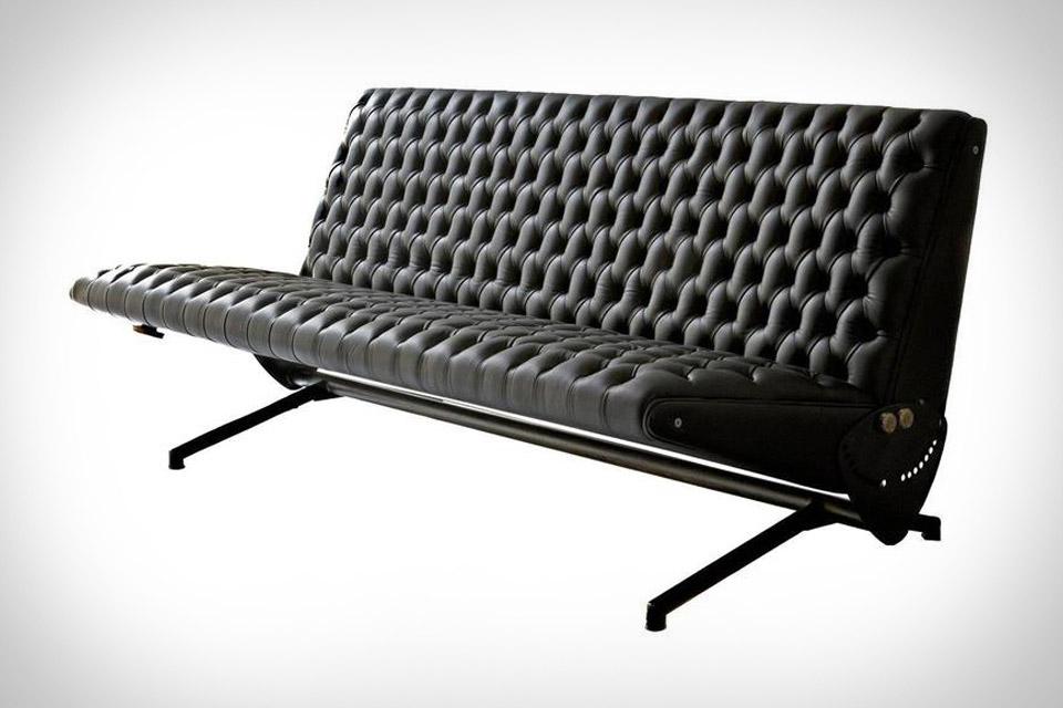 D70 Sofa