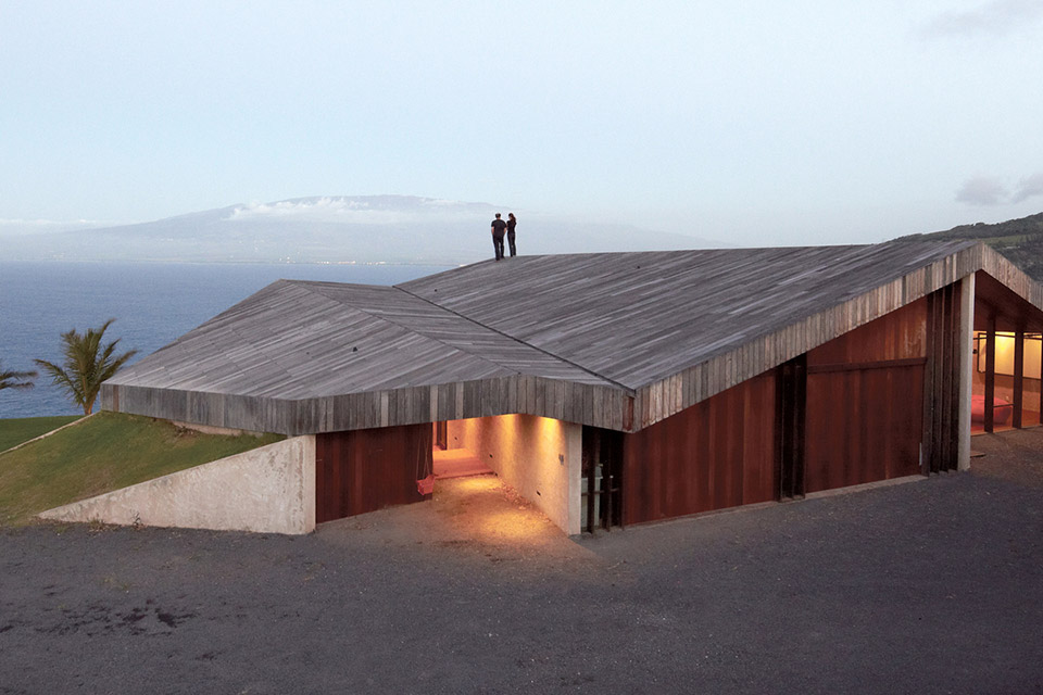 Maui Clifftop House