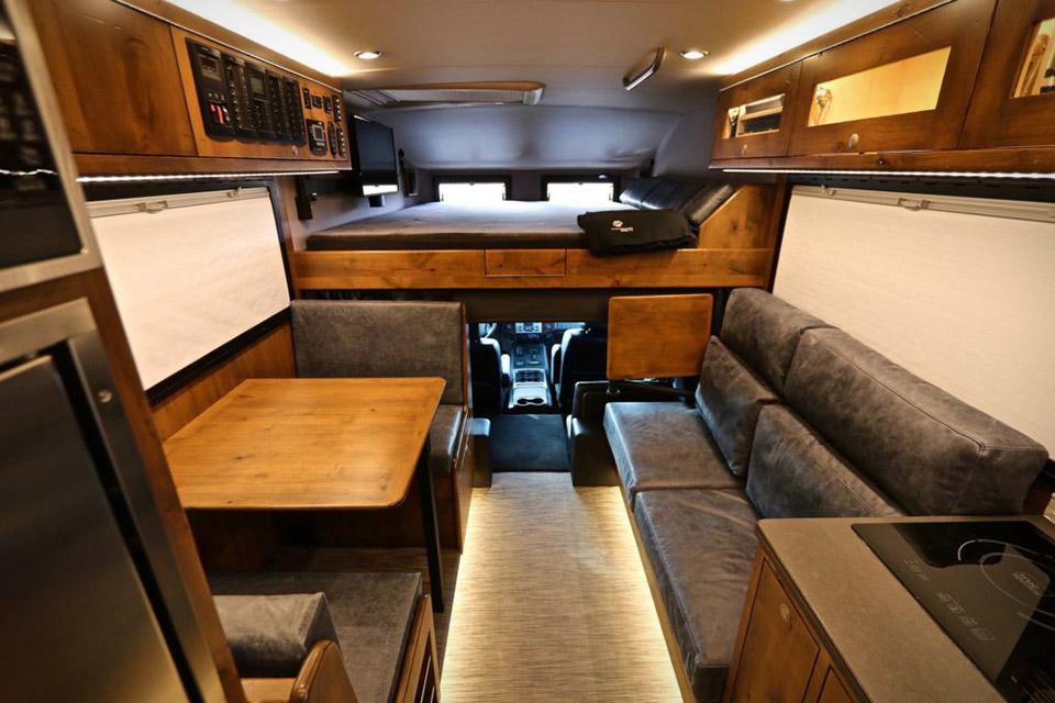 Earthroamer Xv Lts Adventure Camper on 2017 Flying Cloud Airstream
