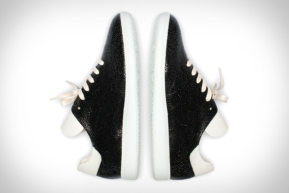 No One Stingray Sneakers