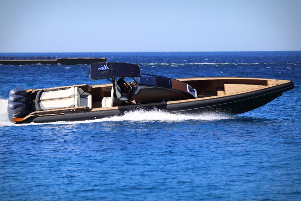Technohull Omega 41 Powerboat