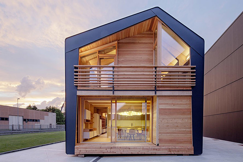 Leapfactory Frame Home | Uncrate