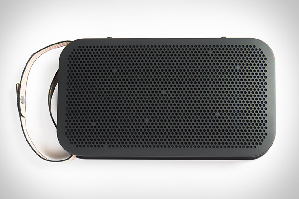 Bang & Olufsen BeoPlay A2 Active Speaker