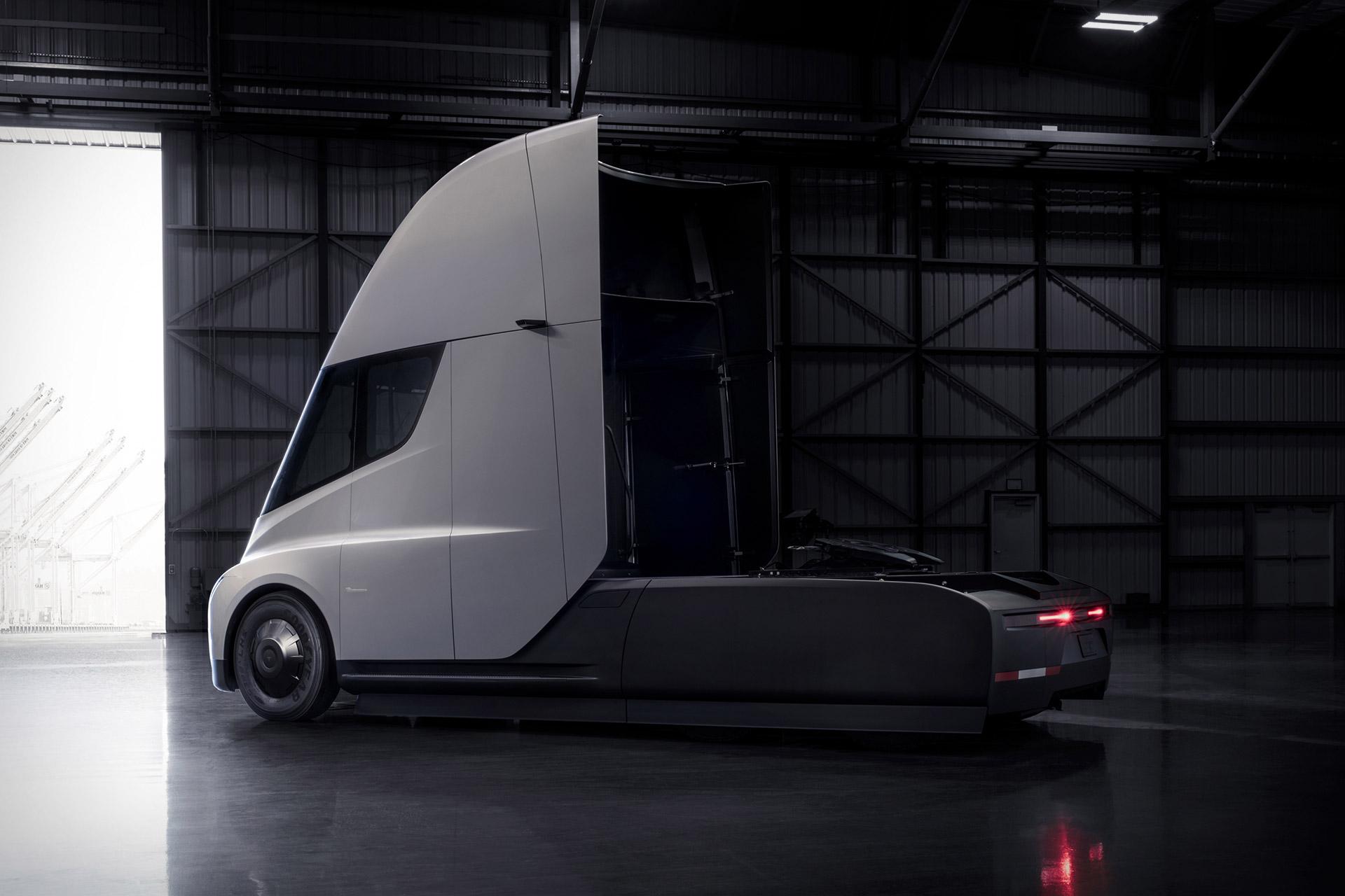 Tesla Semi Truck Uncrate