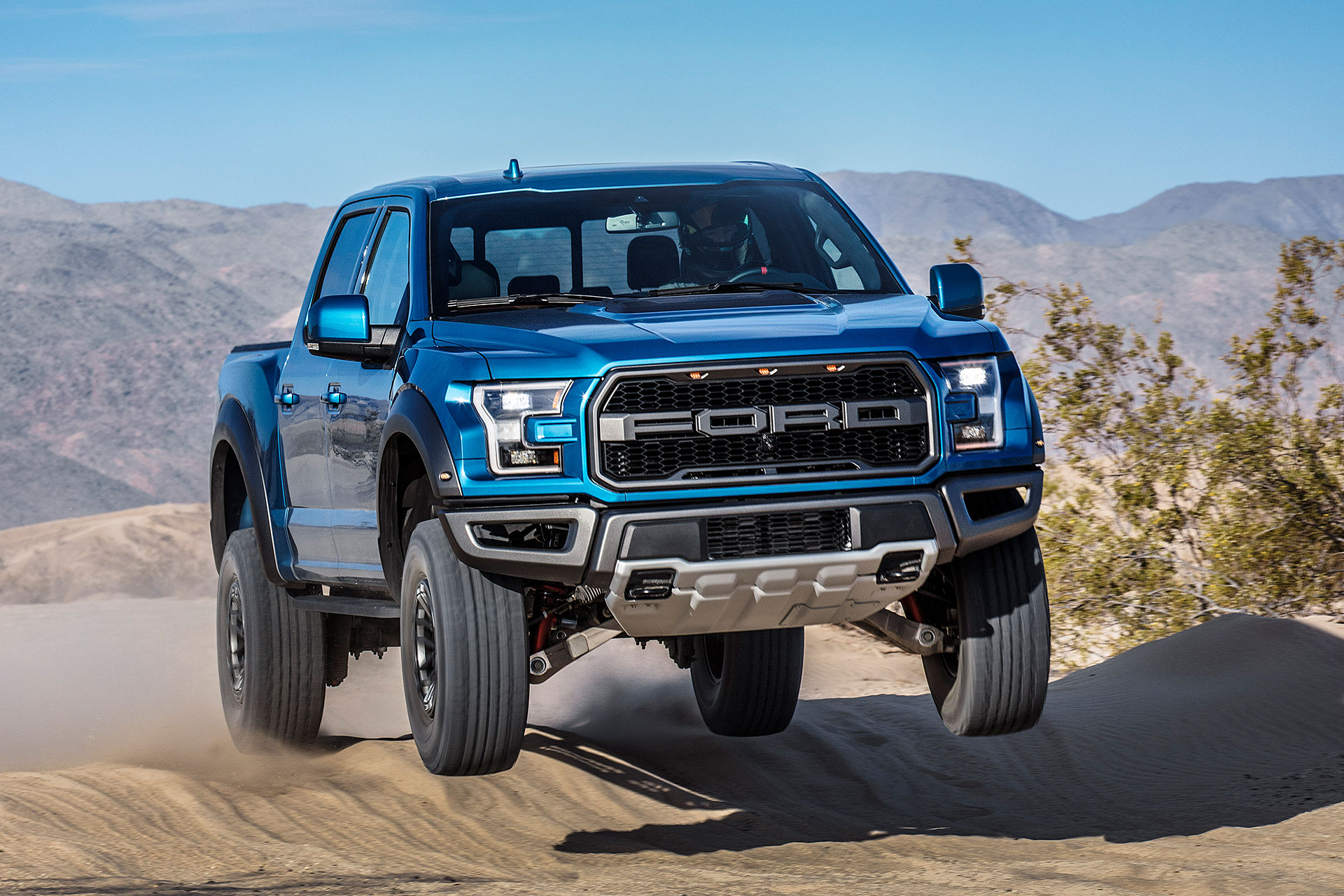 2019 ford raptor f 150 truck uncrate. Black Bedroom Furniture Sets. Home Design Ideas