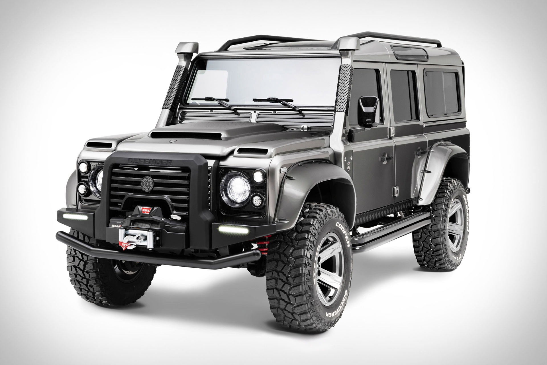 Ares Land Rover Defender