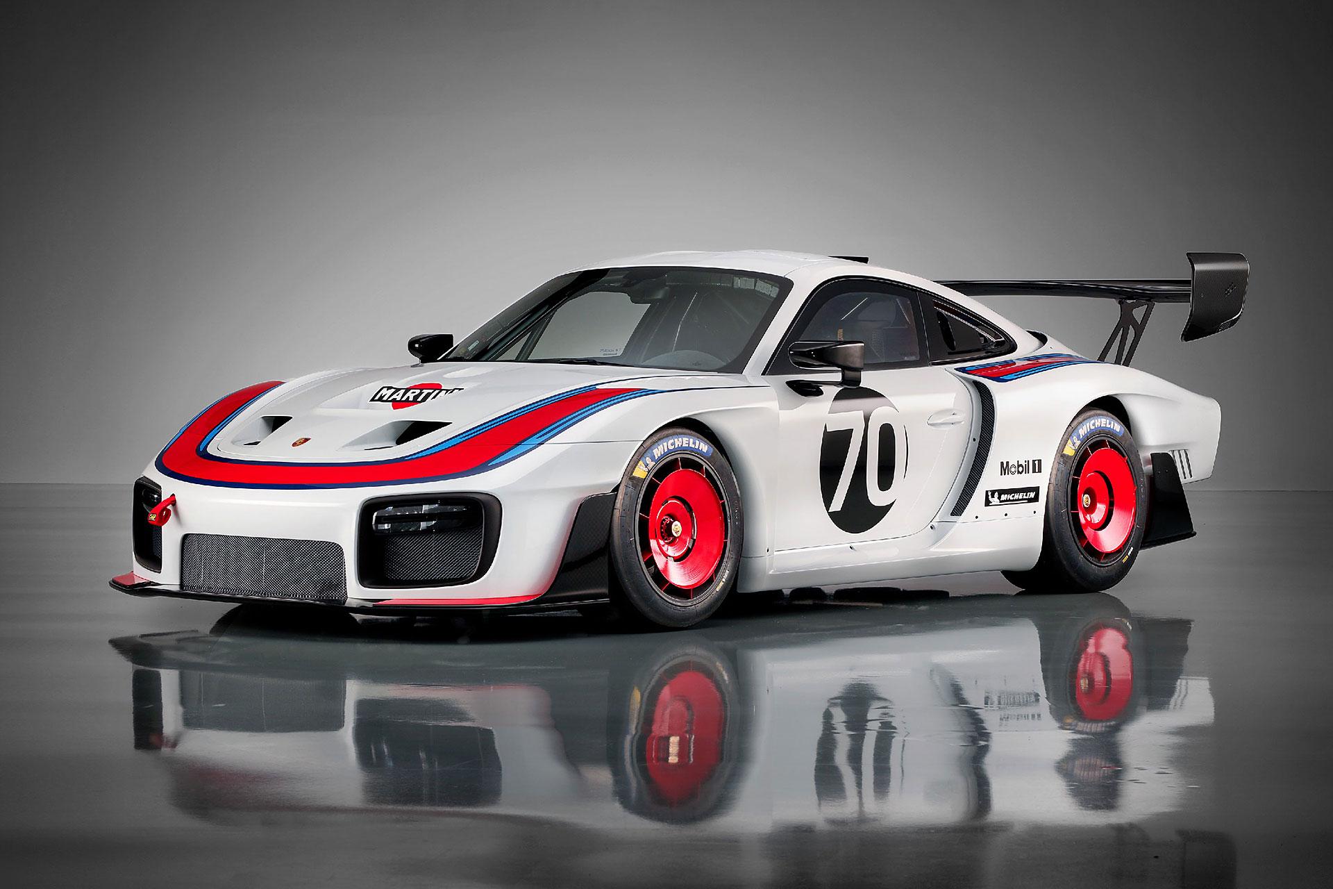 2019 Porsche 935 Race Car Uncrate