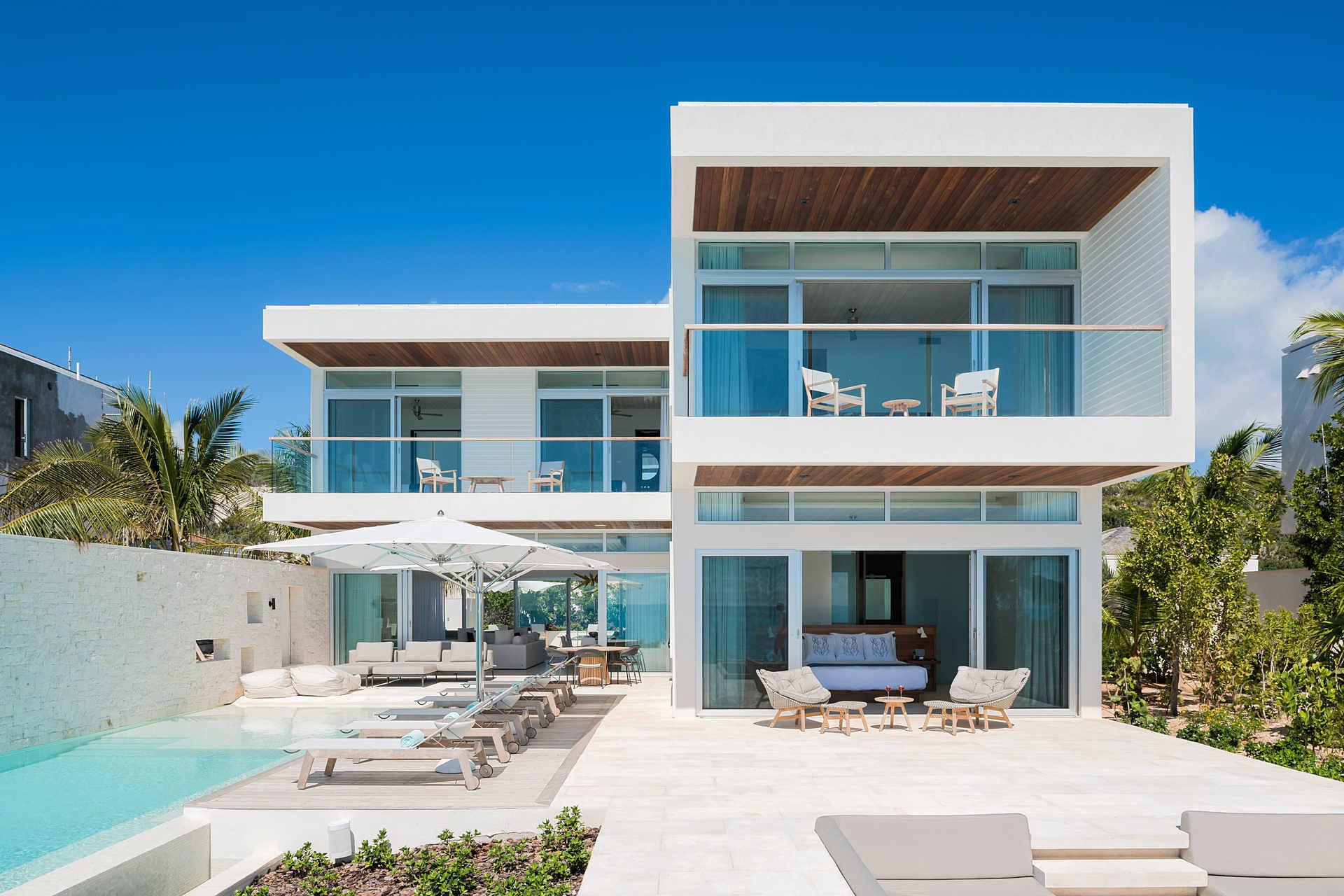 turtle tail villa uncrate. Black Bedroom Furniture Sets. Home Design Ideas