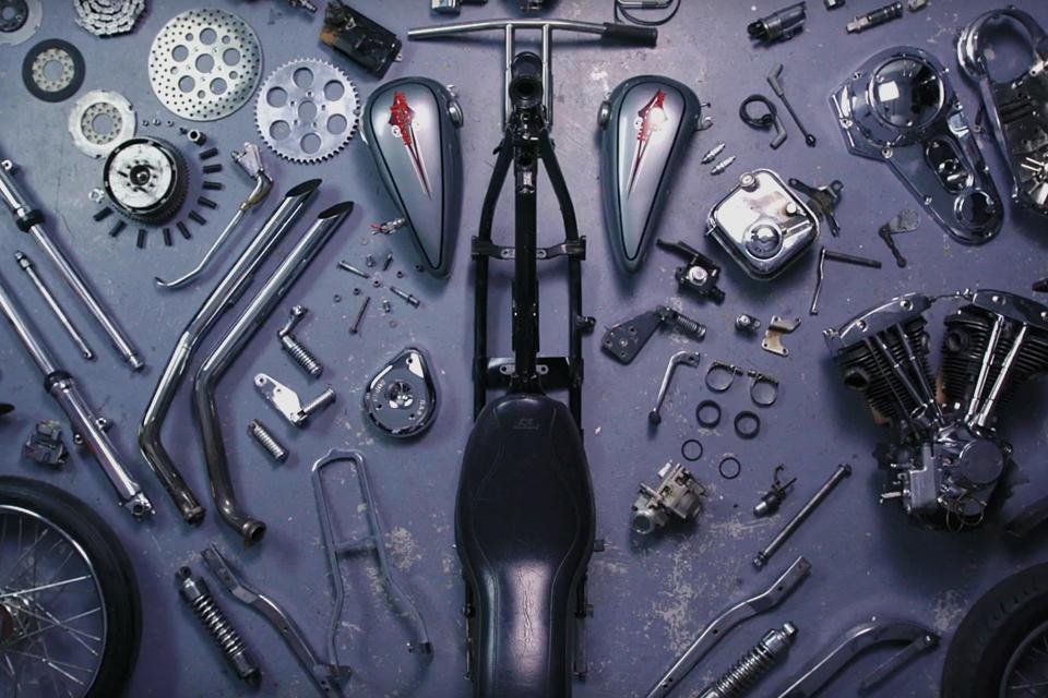 Deconstructing a 1974 Harley-Davidson