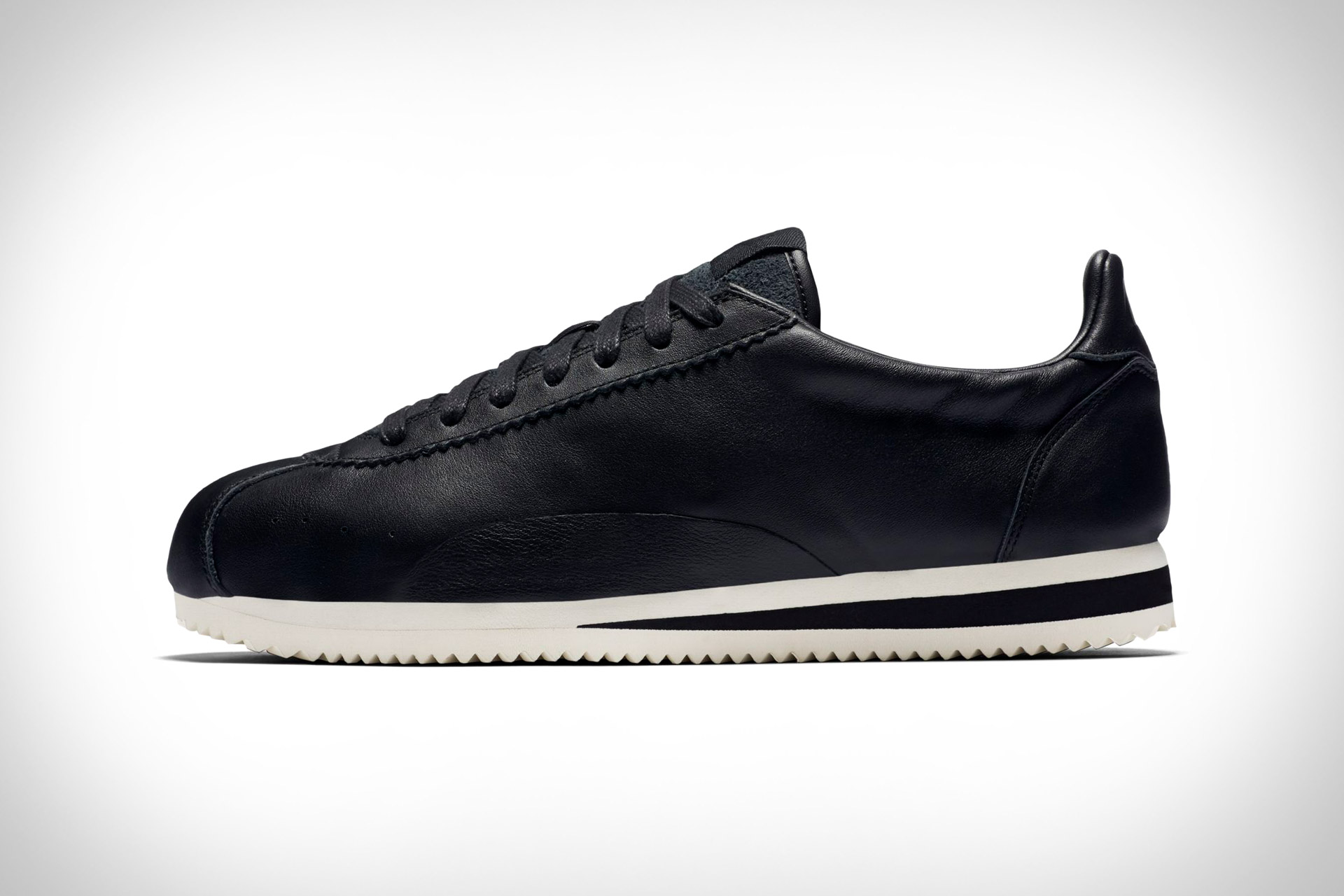 sneakers for cheap 0a560 4238c Nike Classic Cortez Premium Sneaker
