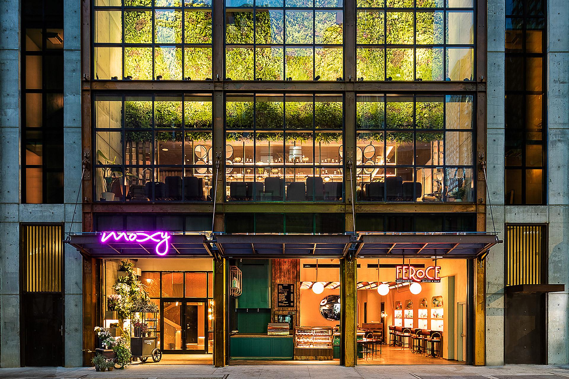 Moxy Chelsea Hotel