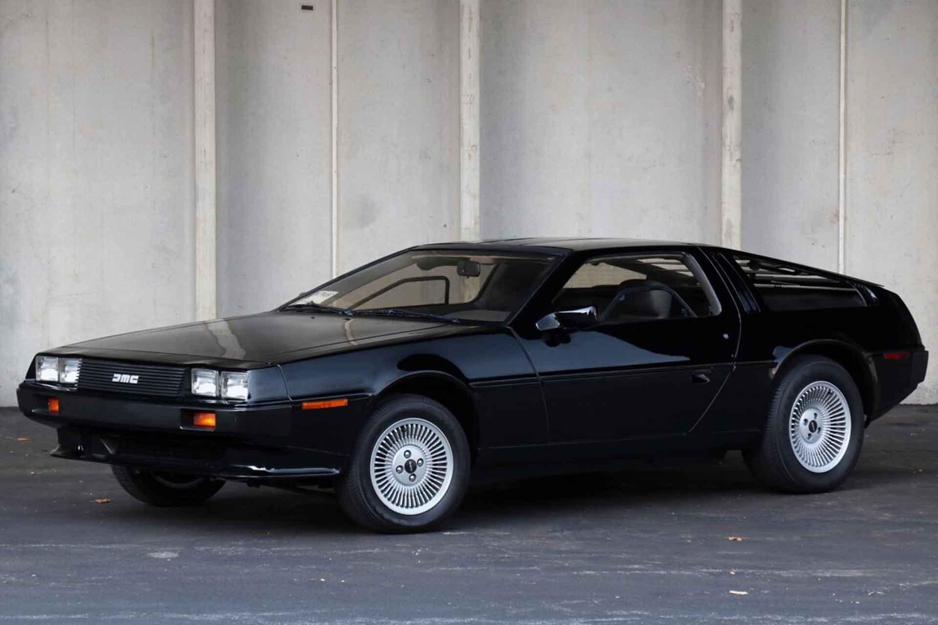 Black 1981 DeLorean DMC-12 Coupe