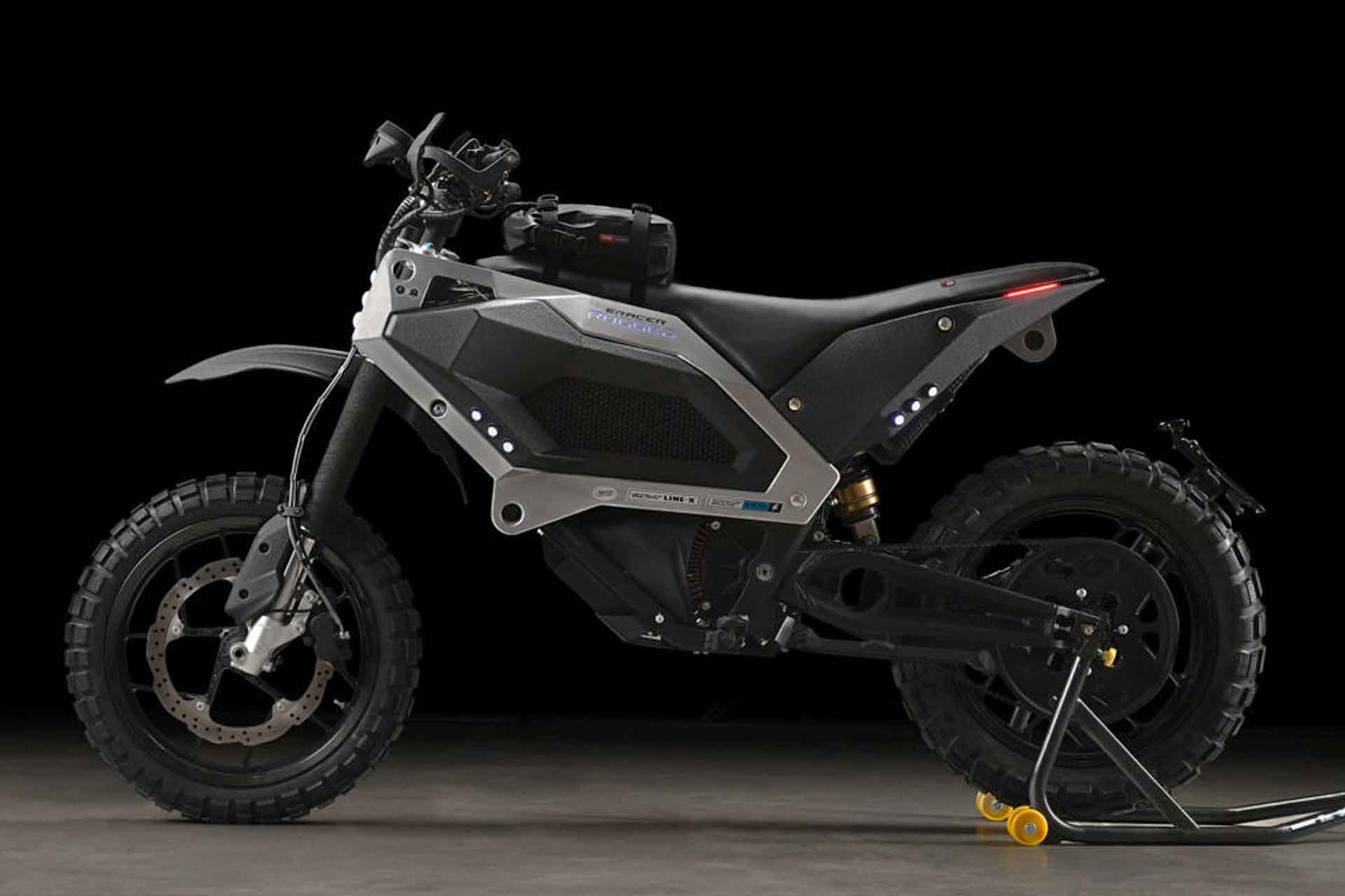 E-Racer Rugged Motorcycle