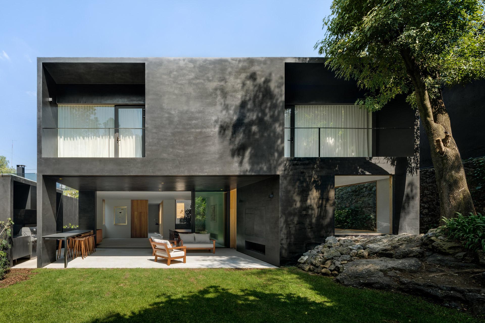Lluvia House