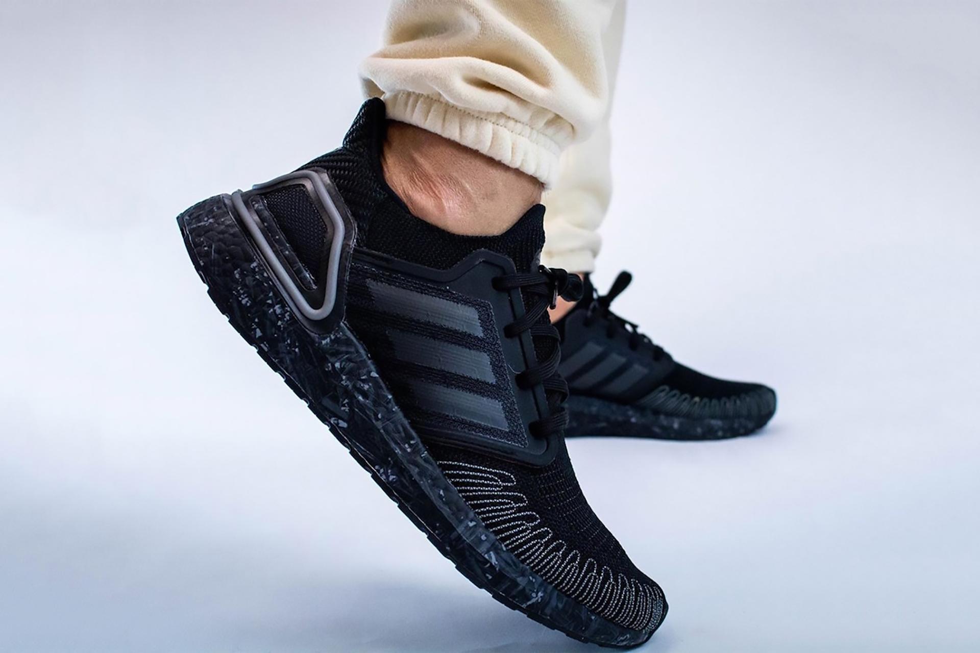 Acercarse lona club  Adidas x James Bond Ultraboost 20 Sneaker | Uncrate